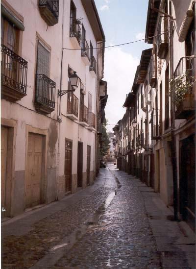 http://www.villafrancadelbierzo.org/calledelaguaimages/foto2_jpg.jpg