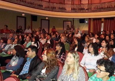Foto de Un centenar de especialistas debaten en Villafranca políticas de ayuda