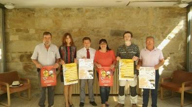 Foto de Astorga y Villafranca del Bierzo se promocionan con la V Concentración de Coches y Motos clásicos