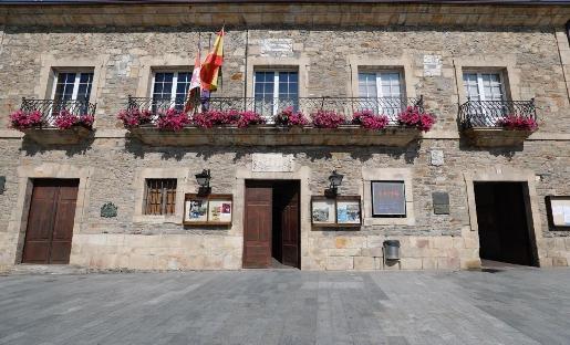 Foto de Las universidades de León y Vigo estudian en Villafranca el patrimonio natural y cultural del Bierzo
