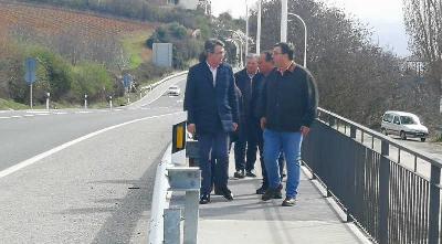 Foto de El presidente de la Diputación de León visita las obras del Plan de Cooperación Municipal en Villafranca